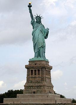 Statue of Liberty_Public Domain_22Apr15
