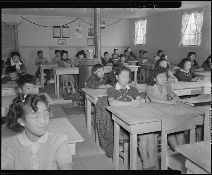 Tule Lake_Classroom_NARA_10Apr15